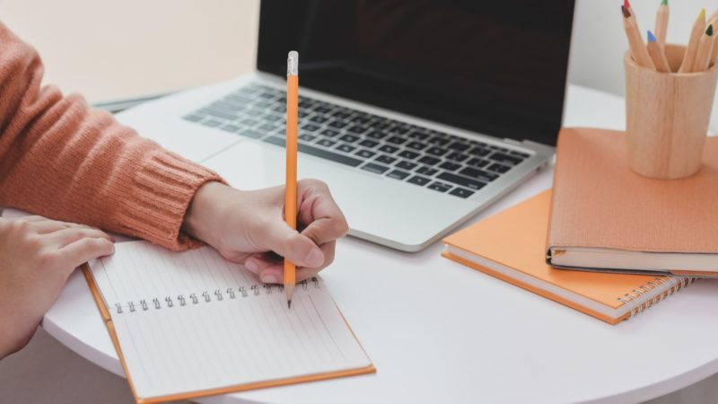 文章を速く簡単に書くコツ